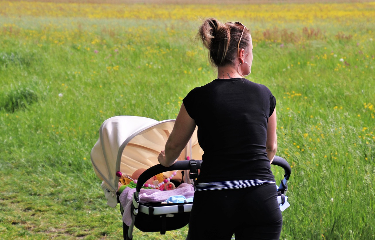 Spaziergang mit Baby